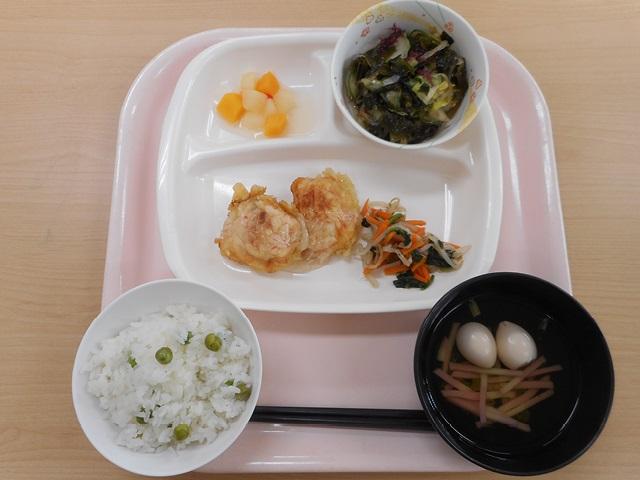 お昼のメニュー(たもんの郷)